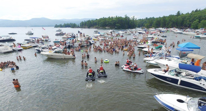 When does bay days end